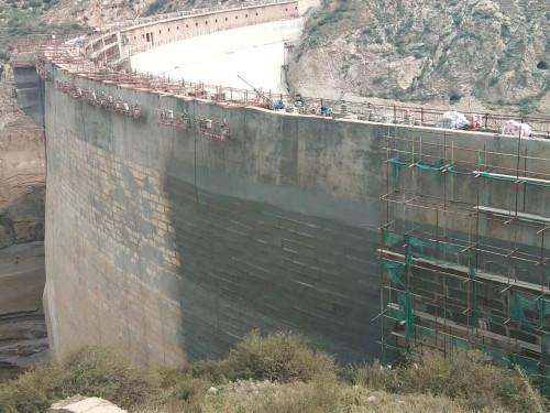 大坝防水喷涂